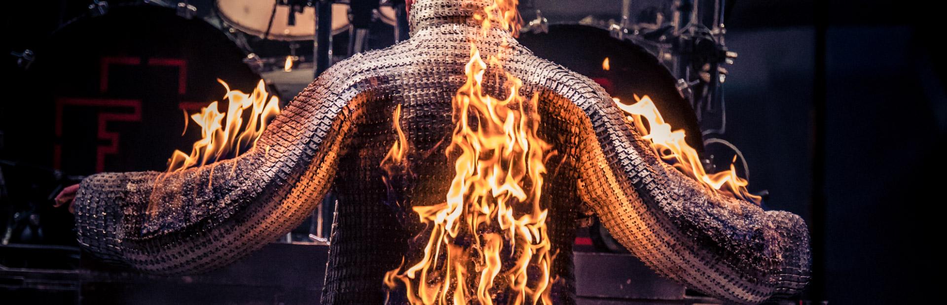 boris-brennender-mantel