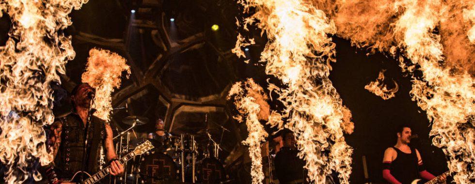 feuerengel-in-flammen